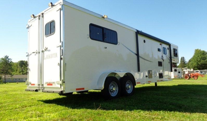 2020 Lakota Colt 3 Horse Living Quarters full