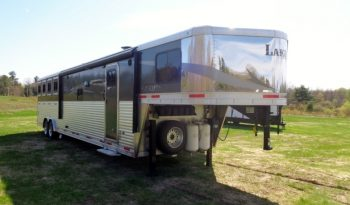 2017 Lakota Charger 4 Horse Living Quarters