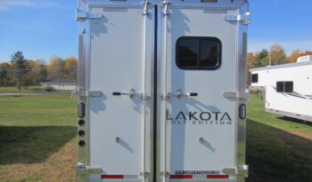 2021 Lakota Colt 4 Horse Living Quarters full