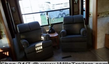 2007 Heartland Bighorn 3400RL w/ 3 Slides full