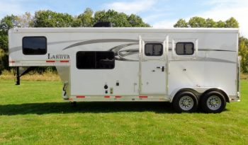 2016 Lakota Charger 2 Horse Living Quarters full
