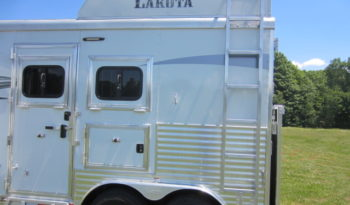 2019 Lakota Charger Lightly Used 2 Horse Living Quarters full